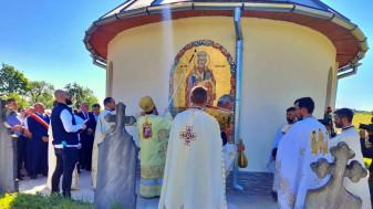Beiușele - Slujbă arhierească de sfințire a bisericii satului