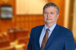Prof. Aurel Căuş, candidat PNL la Camera Deputaţilor: - Sistemul educațional din România trebuie remodelat