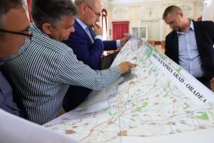 Între Oradea şi Arad - Drum expres