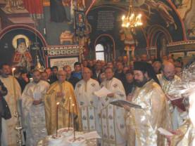Sute de credincioşi la Hramul Bisericii