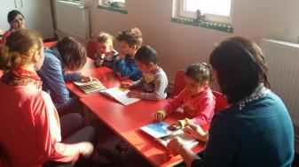 La Biblioteca Universității - Ziua Bibliotecarului sărbătorită între copii