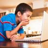 Părinţii şi copiii, avertizaţi cu privire la pericolele din mediul virtual - Prieteniile on-line pot fi fatale