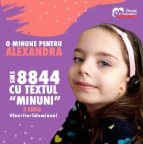 O fetiță de 5 ani născută fără urechi are nevoie de ajutor - Cât costă o minune?