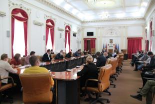 Întâlnire pentru urgentarea întocmirii documentațiilor - Introducerea gazului în Bihor