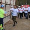 Locuințe pentru un viitor sigur ridicate de peste 200 de voluntari - Patru locuinţe în zece zile