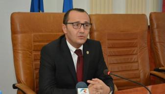 Agenda politică - Ex-prefect PSD alege PRO România