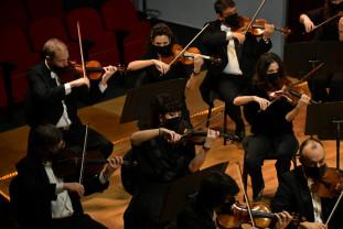 Aproximativ 140 de melomani, la primul concert - Anul Nou la Filarmonica de Stat