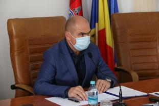 Reorganizare la sânge în Consiliul Județean Bihor şi instituţiile subordonate - 50% din angajaţi, concediați
