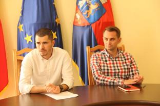 """1.000 de participanți vor trece prin tone de pudră colorată - """"The Color Run"""" ajunge mâine la Oradea"""