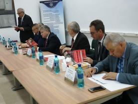 Sesiune internațională la Universitate - Românii din Balcani