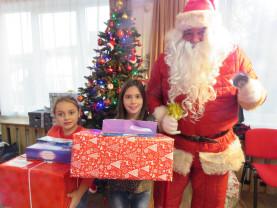 Bucuria lor e cea mai mare bucurie a noastră! - DAS Oradea și Trendart, alături de copii