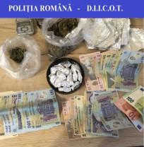 Suspecții distribuiau cannabis și amfetamine către consumatorii din Oradea - Traficanți de droguri reținuți