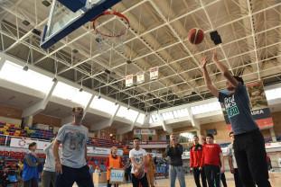 Competiție regională de baschet pentru copiii cu dizabilități - Câştigă-ţi un prieten special