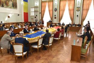 Pentru 73 de şcoli şi grădiniţe din Oradea municipalitatea asigură - Echipamente de protecție sanitară