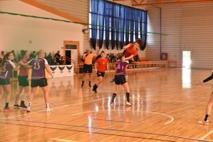 CSU Oradea – Crişul Chişineu-Criş 22-22 - Derby-ul Crişanei decis în ultima secundă
