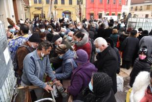 Boboteaza în pandemie, la Oradea - Tone de Agheasmă Mare
