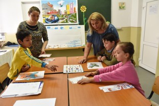 Zeci de orădeni au vizitat unitatea școlară - Ziua porţilor deschise la CSEI Orizont