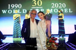 Estera Balintfi, câștigătoarea unui prestigios concurs de frumusețe - World Top Model