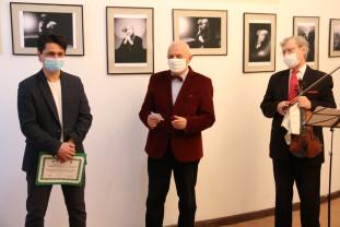 """Expoziţia artistului fotograf Gabriel Stanciu - """"Contrapunct"""" în vernisaj"""