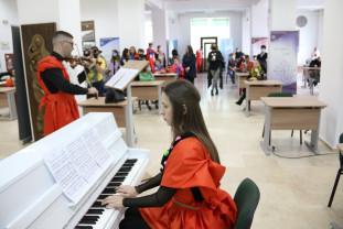 La Universitatea din Oradea - A început Festivalul Baroc