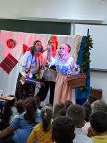 """Primele reprezentații s-au bucurat de succes  - """"Fata babei și fata moșului"""", la Școala """"Avram Iancu"""""""