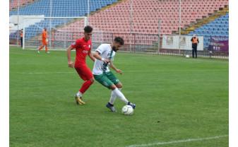 """Club Atletic Oradea - Gloria Bistrița 2-3 (0-0) - Fotbalul a fost nedrept cu """"vulturii verzi''"""