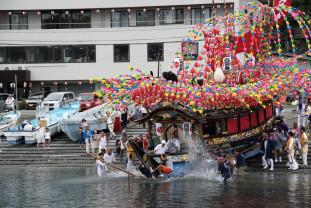 De vineri, 31 mai, în cadrul Muzeului Oraşului -Expoziția artiștilor fotografi din Yokohama