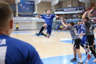 S-a stabilit programul Diviziei A la handbal - CSM începe cu Târgu Jiu, CSU debutează la Târgu Mureş