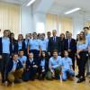 """Vizită oficială la CN """"Emanuil Gojdu"""" - Ambasadorul SUA, în mijlocul elevilor"""