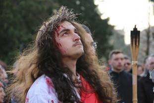 """Miercuri, 17 aprilie, în Parcul """"Mihai Viteazul"""" - Drumul Crucii"""