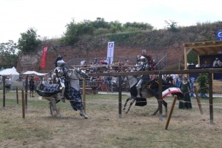 Festivalul Medieval Oradea – Turnir în şanţul Cetăţii