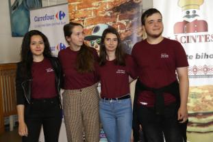 Studenţi voluntari internaționali, la Oradea - Proiectul Discover for Schools