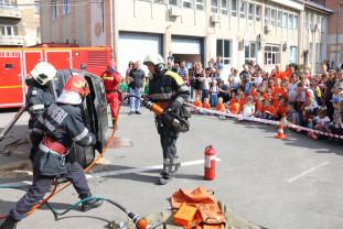 La Detașamentul 1 de Pompieri Oradea - Ziua Porţilor Deschise