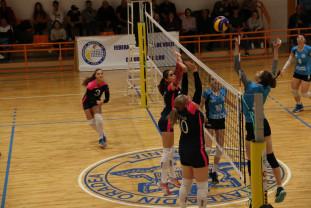 CSU Medicina Târgu Mureș - CSU Oadea 3-0 - Învinse, dar calificate la turneul semifinal