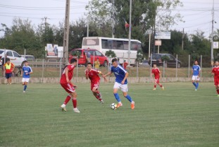 CSC Sânmartin - Luceafărul Oradea 4-1 - Mai buni în Cupa României