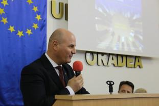 După demisia lui Sorin Curilă - Senatorii își aleg luni președintele