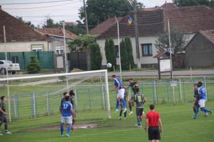 Duel bihorean chiar la debutul Ligii a III-a - CSC Sânmartin contra Luceafărul Oradea