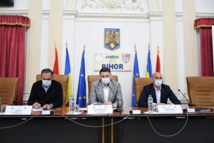"""Programul Național de Investiții """"Anghel Saligny"""", prezentat în Bihor - Discuţii cu primarii"""