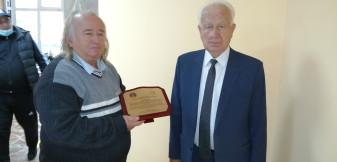 Scriitorul Ioan Degău - Premiat de Institutul de Istorie al Academiei Române