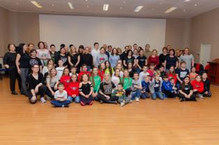 """2020 pentru clubul de dans orădean - Mana Dance Academy – """"We are family!"""""""
