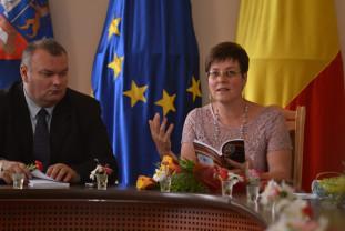 """Concursul Naţional de poezie """"Radu Cârneci"""" - Mihaela Dindelegan, Premiul Special """"Nicolae Labiş"""""""