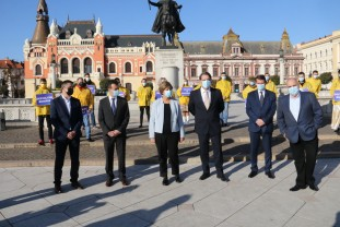 A început campania pentru alegerile parlamentare - Liberalii și-au prezentat candidații