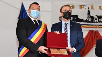 Președintele Academiei Române a primit titlul de Cetățean de Onoare al urbei - Ceremonie istorică, la Beiuș