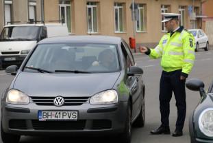 Folosiţi centurile de siguranţă şi dispozitivele de fixare! - Controale în trafic