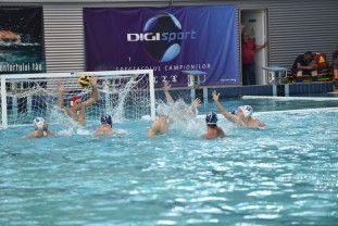 Nou format în Superliga Naţională de polo - Orădenii debutează în turneul de la Braşov