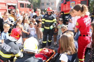 """Pompierii au sărbătorit, alături de cetățeni, la toate subunitățile din Bihor - """"Ziua Pompierilor din România"""""""