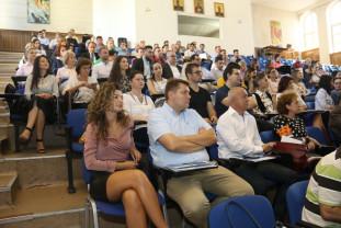 Doctoranzi și cercetători de la Universitatea din Oradea - Vor învăța cum să devină antreprenori