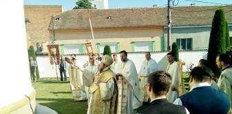 """Biserica Ortodoxă """"Înălţarea Domnului"""" din Salonta - A fost sfinţit spaţiul exterior"""