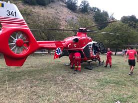 Bihorean accidentat în munte - Un tăietor de lemne, transportat cu elicopterul SMURD