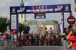 S-a mai încheiat o ediţie a Turului Bihorului - Un columbian a pedalat cel mai tare